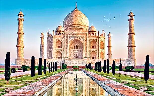 Apakah Taj Mahal Sebuah Masjid, Makam, Atau Kuil Hindu?